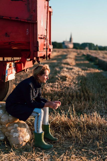 Sofie Dumont in the field