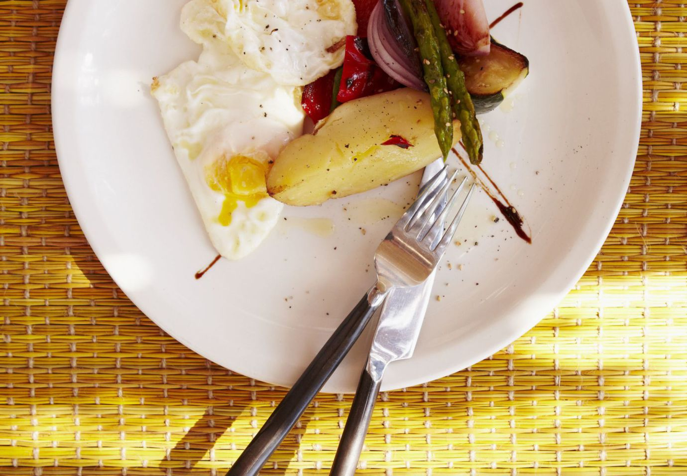 eitjes-baveuse-met-gegrilde-groenten-door-sofie-dumont