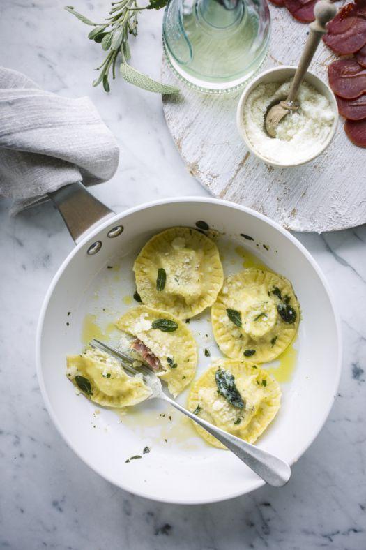 ravioli-met-ricotta-selderij-pecorino-en-lomo