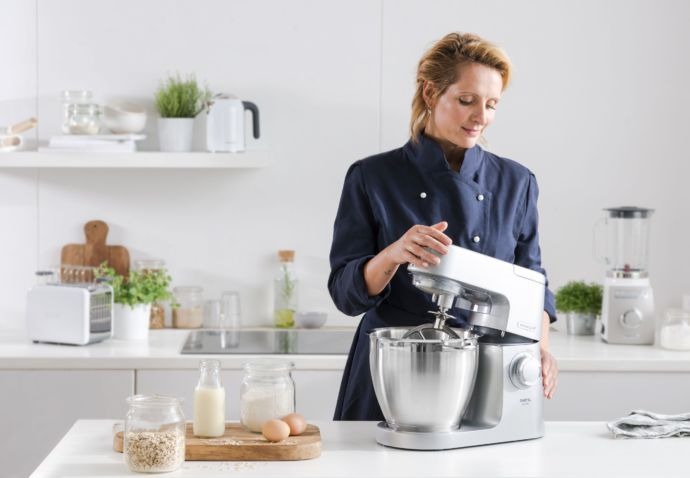 sofie-dumont-in-partnership-met-kenwood