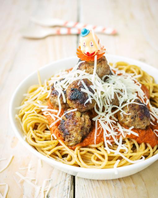 meatballspaghetti-met-twaalfgroentesaus-door-sofie-dumont_510x640_bijgeknipt