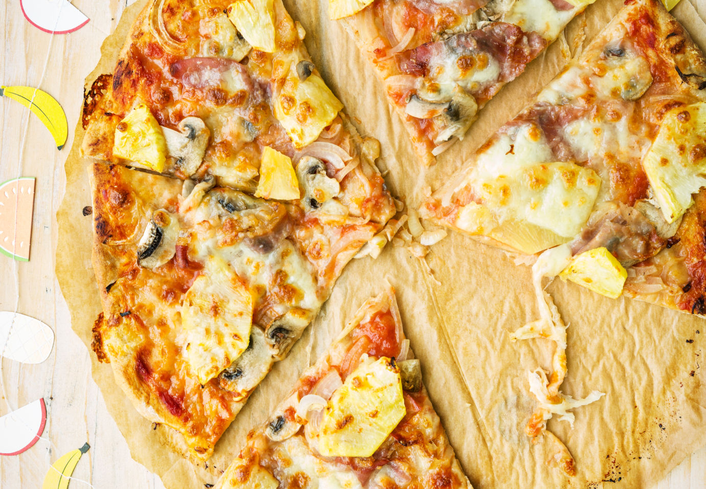 Pizza-hawaï-met-spelt-en-roggebodem-door-Sofie-Dumont