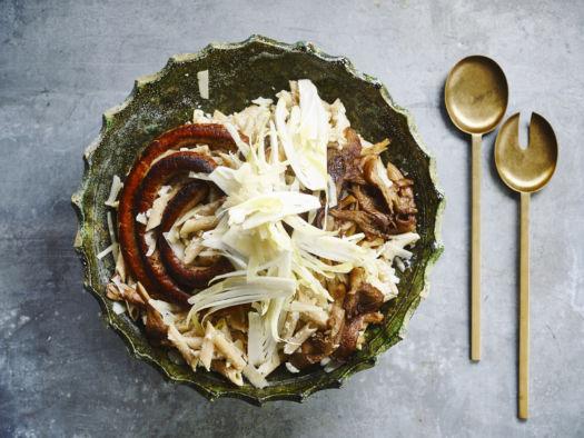 Volkoren pasta met oesterzwam, bloemkool en chipolata door Sofie Dumont