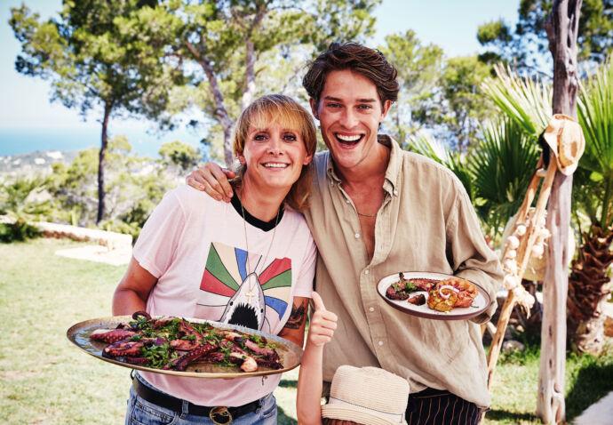 Happy moments in Ibiza - Food & cocktails door Sofie Dumont, Cesar Casier