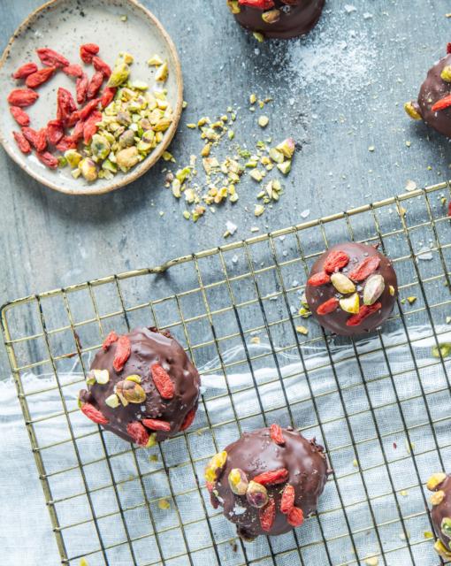 sofie-dumont-2019-no-bake-brownies-1_510x640_bijgeknipt