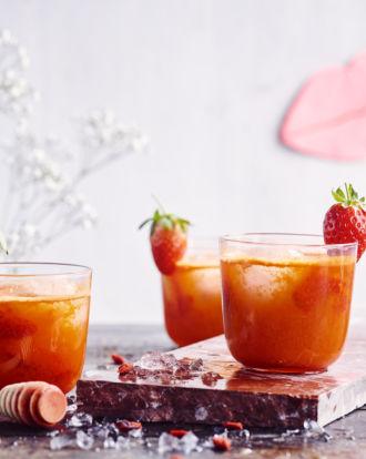 Sofie Dumont - GOJI ICE TEA