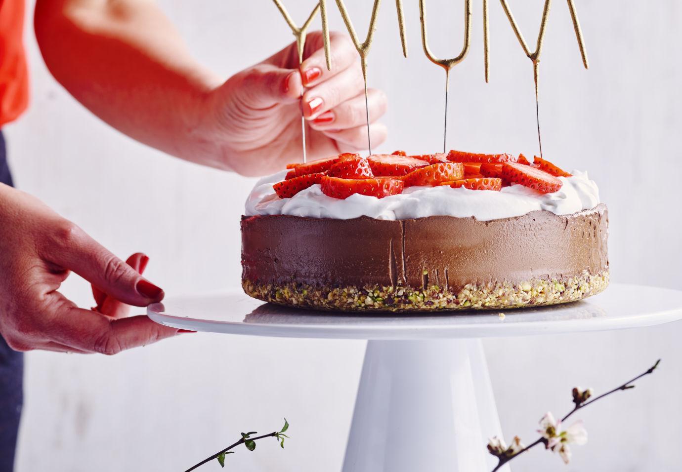 Sofie Dumont - Raw Vegan Chocolate Bomb