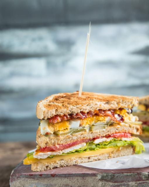 Sofie Dumont - Club Sandwich