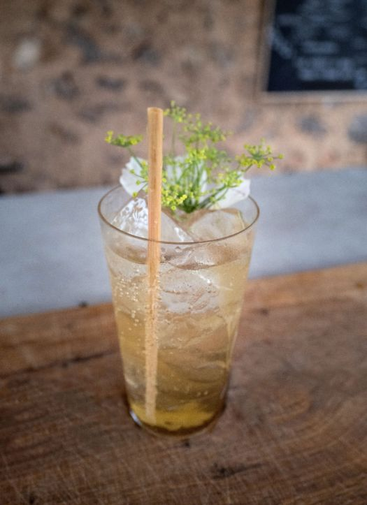 Oloroso + venkel cocktail door Sofie Dumont