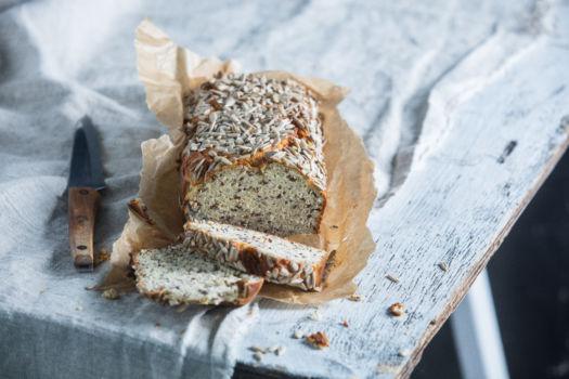 Glutenvrij amandel-zonnebloempitten brood door Sofie Dumont