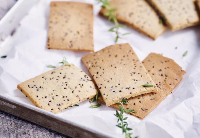Amandel-tijm crackers
