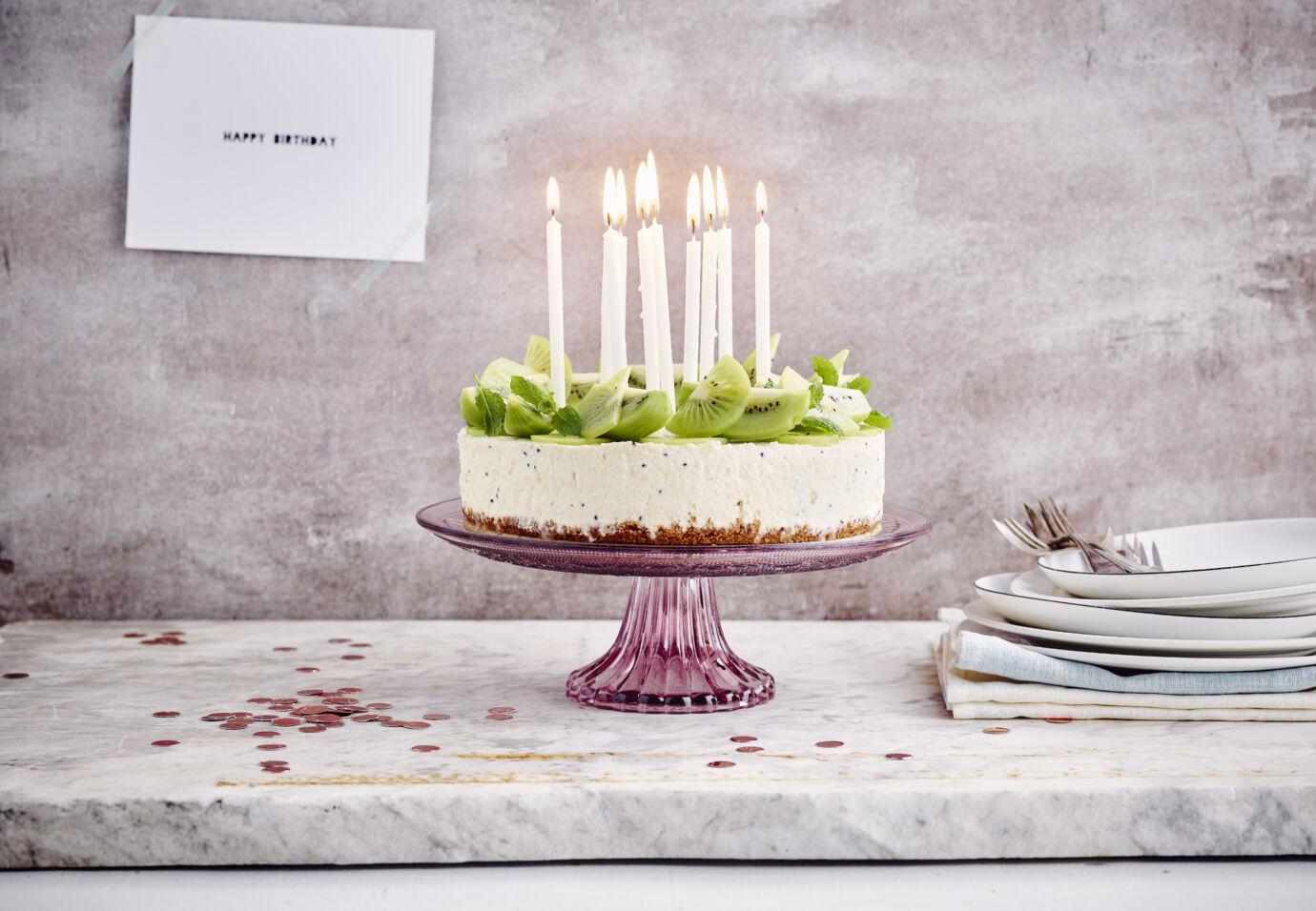Kiwi cheesecake met pecan shortbread bodem