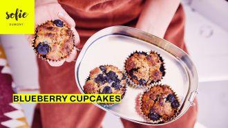 Havermout-blauwe bessen cupcake