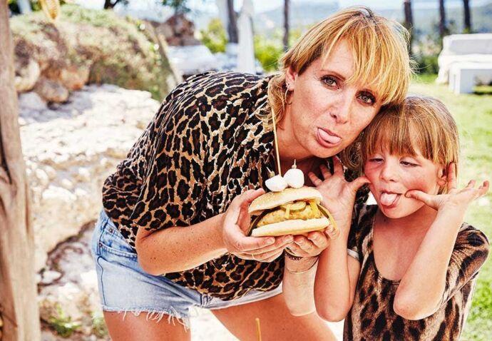 Funky hamburgers en marshmallowlimonade met Grace