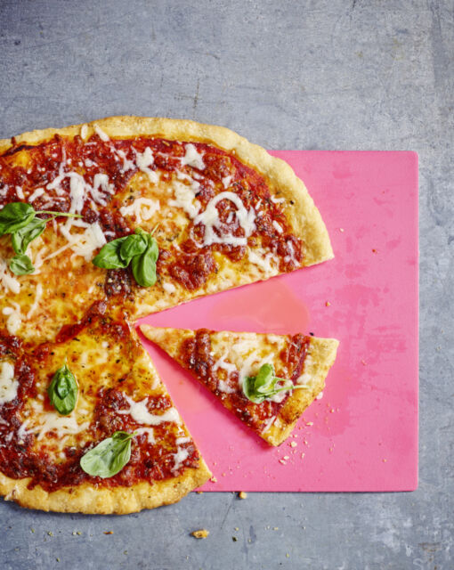 sofie-dumont-22-01-pizza-margharita-144556_1020x1280_bijgeknipt