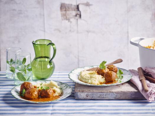 Ballekes-in-tomaten-saus-door-Sofie-Dumont