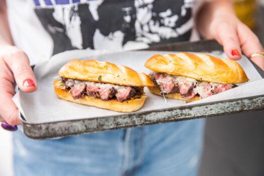 Cheese-steak-door-Sofie-Dumont