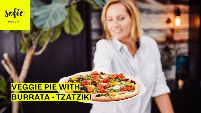 Groentetaart met mosterd afgewerkt met tzatziki-burrata