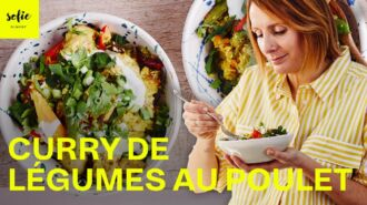 Curry de coco au poulet, légumes et riz