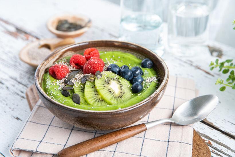 Green-smoothie-bowl-door-Sofie-Dumont