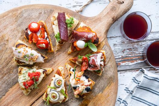 Apero-pizza-met-feesttoppings-door-Sofie-Dumont