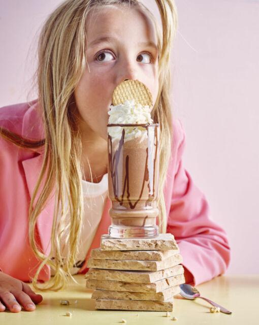 snicker-milkshake-door-sofie-dumont-scaled_1020x1280_bijgeknipt
